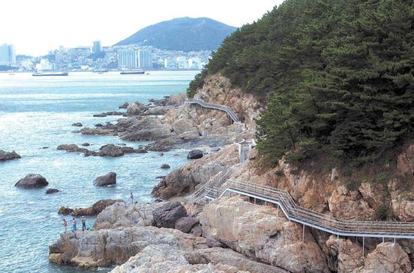 Jeonlyeong Coastal Trail